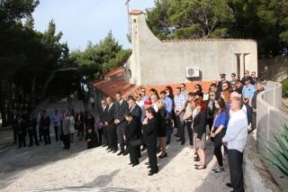 Polaganje vijenaca u spomen na sve poginule za domovinu kod Središnjeg križa6